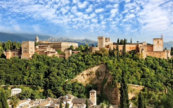 alhambra-granada-spain-900x1440 (720 x 450)